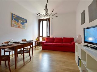 Angelo Della Pergola apartment in Porta Garibaldi with WiFi, air conditioning &