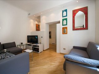 Crema apartment in Porta Romana with WiFi, air conditioning, balcony, jacuzzi &