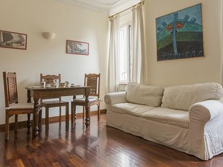Corso Vercelli A apartment in Fiera with WiFi, air conditioning & lift.