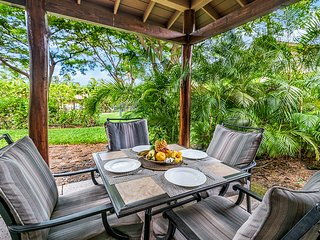 Tropical Villa with Beach Club Access! Netflix Included!