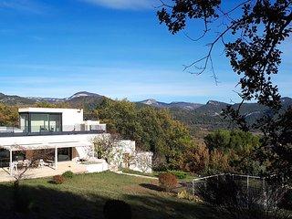 Villa contemporaine pour 13 pers au coeur des bois