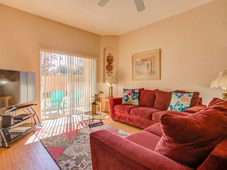 Laurie's Regal Palms Townhouse**