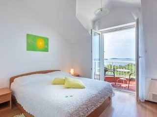 Cozy room in the center of Plat with Parking, Internet, Air conditioning, Balcon