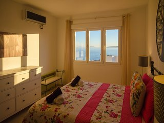 APARTMENT PUERTO PARAISO-Views of the sea and direct access to the beach