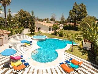 VILLA RAMOS- Impressive villa with private pool next to the beach