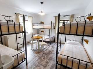 Spacious room in the center of Tolmin with Parking, Internet, Washing machine, A