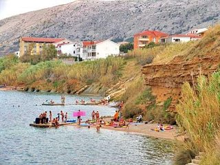 Spacious apartment close to the center of Pag with Parking, Internet, Balcony, T