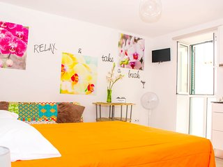 Cosy studio close to the center of Funchal with Internet