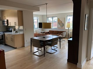 Gorgeous West Village Elevator 2 Bedroom, 2 FULL Bathroom Apartment for 1-6