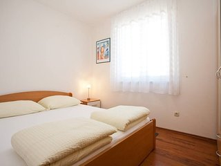Cozy apartment in the center of Krk with Parking, Internet, Washing machine, Air