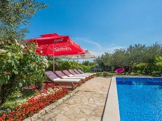 Relax in nature  modern villa