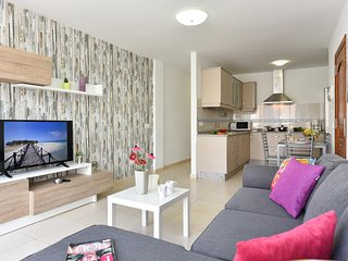 Modern and New Apartment in Arinaga Playa 1A