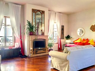 Spacious apartment very close to the centre of Verona with Internet, Washing mac
