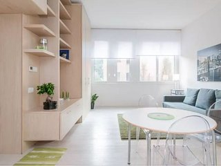Cozy apartment close to the center of Milan with Lift, Washing machine, Air cond