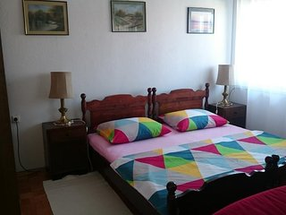 Spacious apartment in the center of Makarska with Parking, Internet, Air conditi