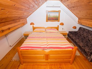 Cozy room in Čatež ob Savi with Parking, Air conditioning, Terrace