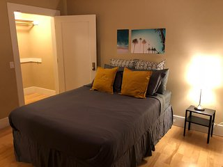 Magical Experience at Hollywood!!! 2 bedrooms