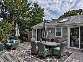 #907 Portside Five B: Great deck; Newly updated condo; minutes from the beach!