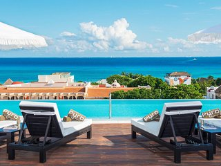 Playa del Carmen Luxury chic 5 star boutique hotel in the heart of the city