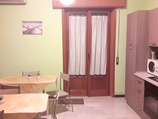 Spacious apartment close to the center of Trapani with Parking, Internet, Air co