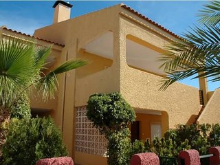 Spacious apartment in the center of Puerto de Mazarrón with Parking, Internet, W
