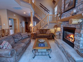 Northstar 1964 Updated 3 Bdrm Townhome by Summitcove Vacation Lodging