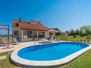 Oasis Village Villa H(6+2) - Privlaka