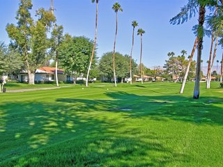 JAL2 - Rancho Las Palmas Country Club - 3 BDRM, 2 BA