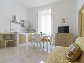 Materdei B apartment in Arenella with WiFi.