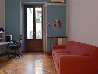 Spacious Maroncelli apartment in Porta Garibaldi with WiFi & balcony.