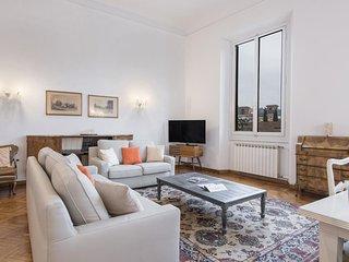 Spacious Loggia Santa Croce - 80385  apartment in Santa Croce with WiFi, air con
