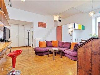 Bruno Buozzi apartment in Borghese-Parioli with WiFi, private roof terrace & lif