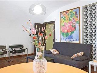 Martiri apartment in San Ferdindando with WiFi.