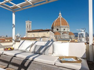 Mirage apartment in Duomo with WiFi, integrated air conditioning & private roof