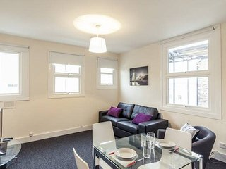 Central London 2 Bed Flat in Zone 1 (WRE)
