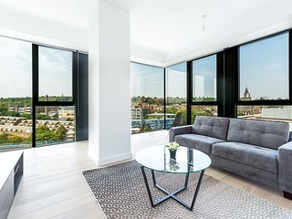 Incredible London Studio with a View (HH5)