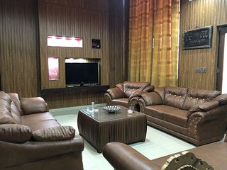 Full Furnish House in Bahria town Lahore
