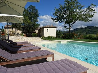Casa Val d'Aso - Authentic Stone Farmhouse with solar heated pool
