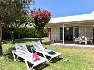 2 bedroom Villa with Pool, Air Con and WiFi - 5674760