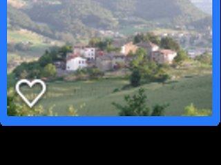 Casa in sasso in un Antico Borgo, vacation rental in Baiso