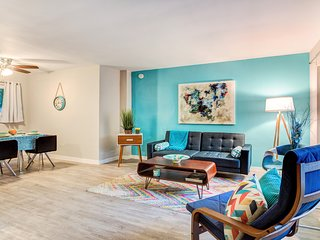 A TRUE GEM IN THE HEART OF WEST HOLLYWOOD-AMAZING 1BR APT WITH AIRCON!!