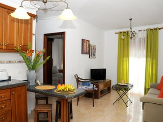 Cozy apartment in the center of Buenavista del Norte with Parking, Internet, Was