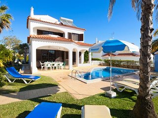 Villa Fleur, 4 bedroom villa with private pool in Vilamoura
