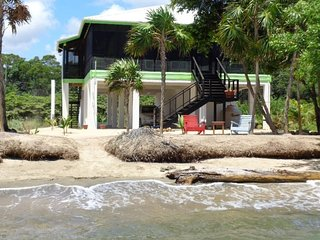 SUN and SEA BEACH HOUSE / Caribbean Sea Private Beach House!