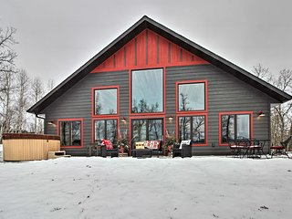 NEW! Lakeside Modern Chalet on the Crow Wing Chain
