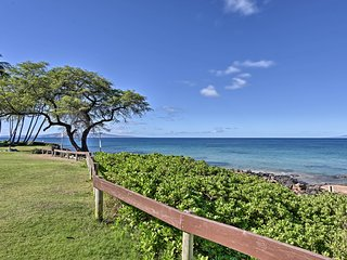 NEW! Ocean View Townhome in the Heart of Kihei!