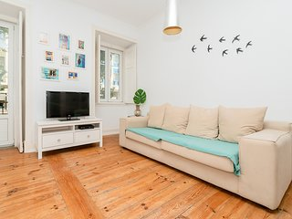 Central apartment w/ terrace