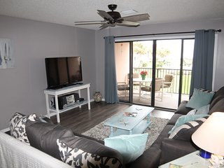 Ocean View Condo at Sea Place, Flat Screens, WIFI, 2 Balcony's/Pools
