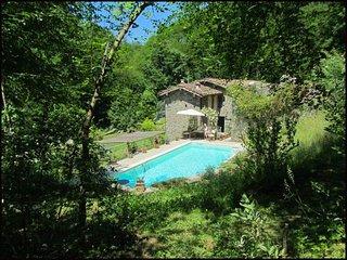 Lugliano Villa Sleeps 6 with Pool and WiFi - 5604648