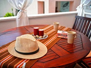 Cozy apartment in the center of Betina with Parking, Internet, Washing machine,